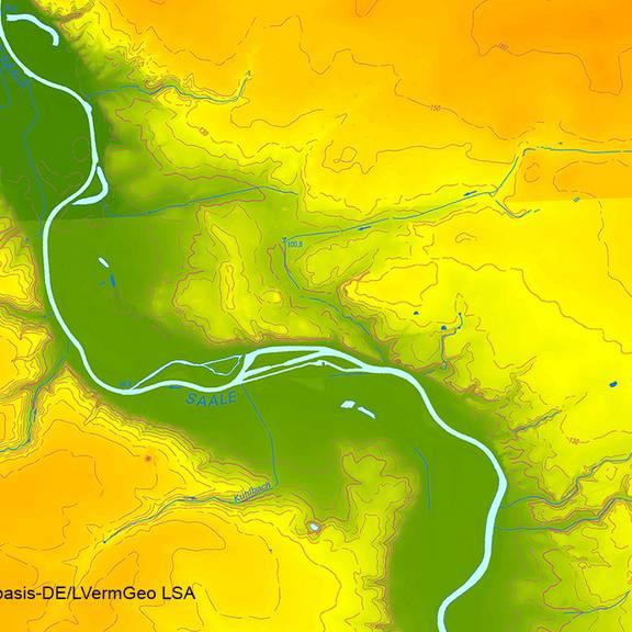 Höhenschichten-Layer kombiniert mit Relief und Gewässer